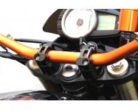 Kawasaki Z 750 2007-, Představce na řidítka.